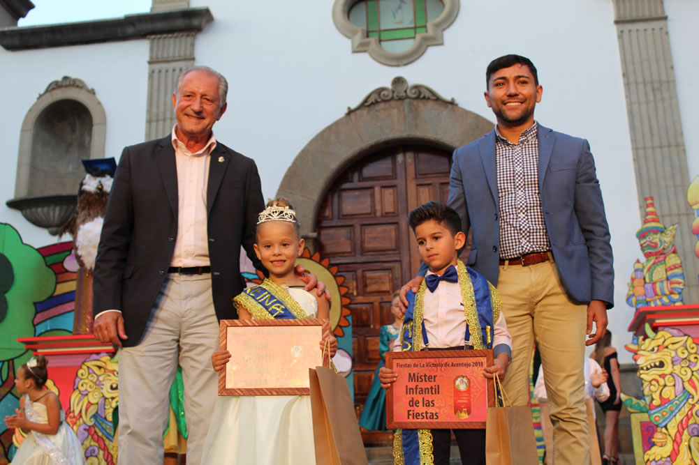 Marta y Samuel, Reina y Míster Infantil de las fiestas patronales