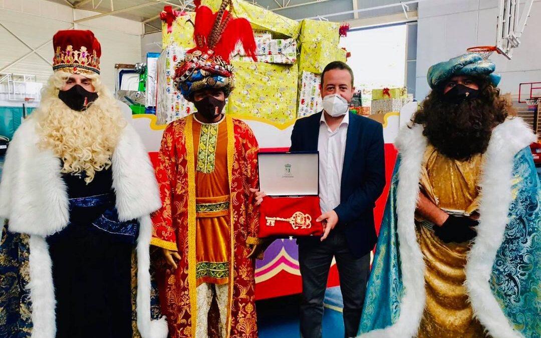 Los Reyes Magos llevaron la ilusión a todos los barrios de La Victoria